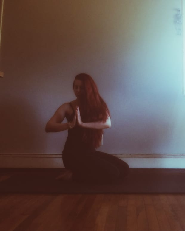5-yoga-poses-to-do-in-the-morning