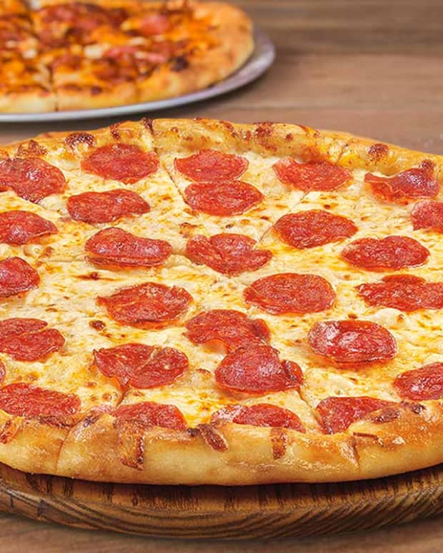 saving-money-on-food-finding-the-best-value-in-pizza
