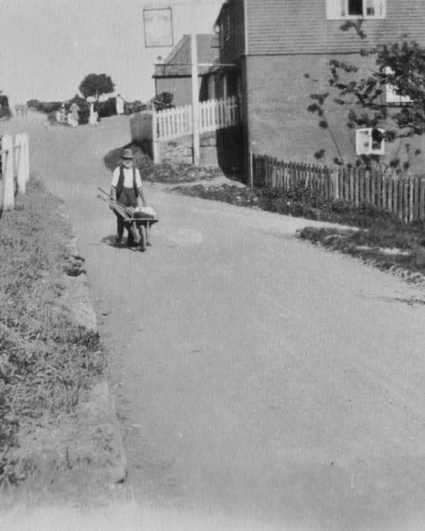 historical-photography-my-aunt-bessie-haywards-photos-investigated-no-1
