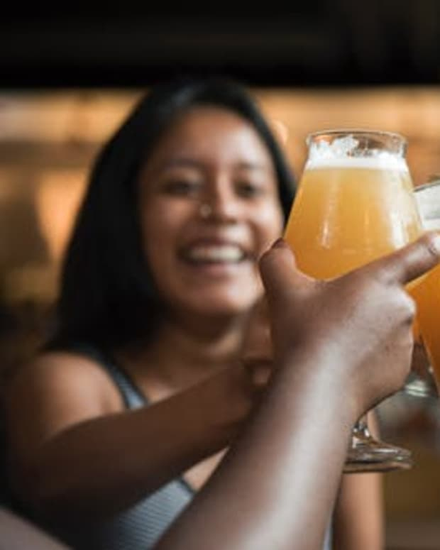 guzzling-beer-equals-more-pain-than-gain