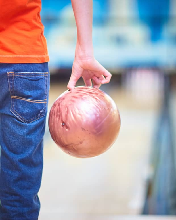 what-you-should-know-before-going-bowling-the-first-time