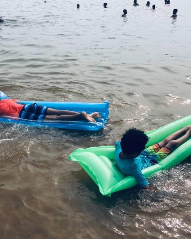 float-float-on
