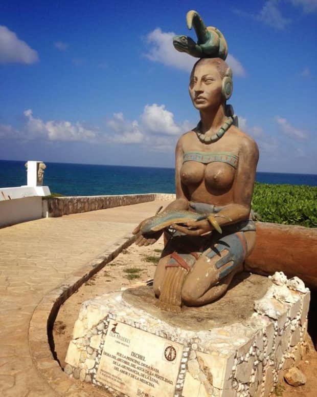 mayan-goddess-ixchel