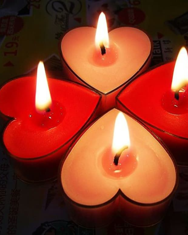 candles-gleaming