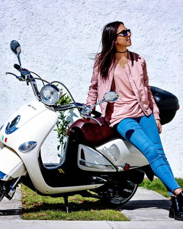 biker-ladies-not-babes-duhhhh