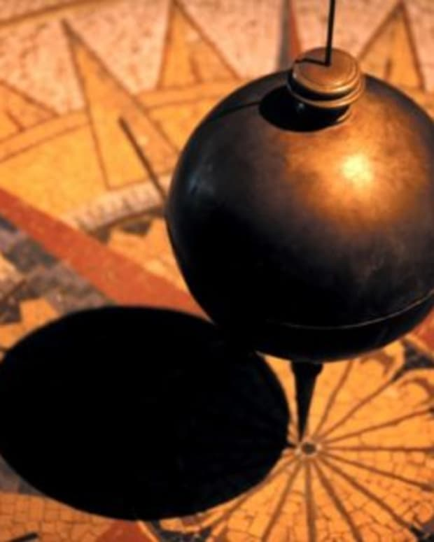 pendulum-swings-mark-the-passing-of-lost-time