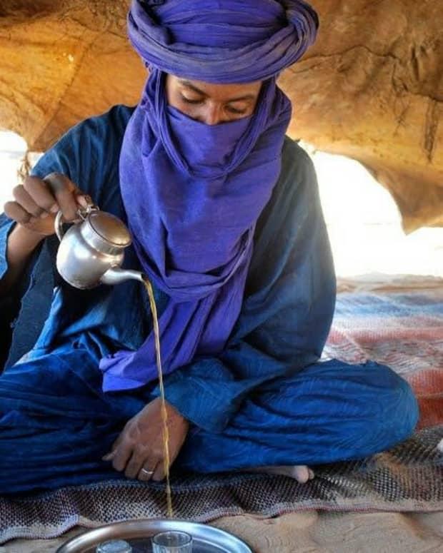tea-in-the-desert-for-two