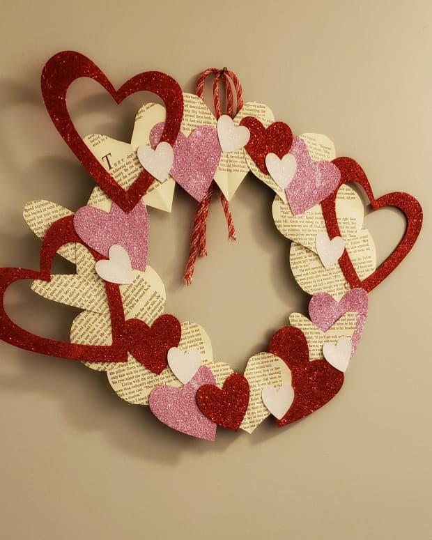 diy-valentines-day-wreaths
