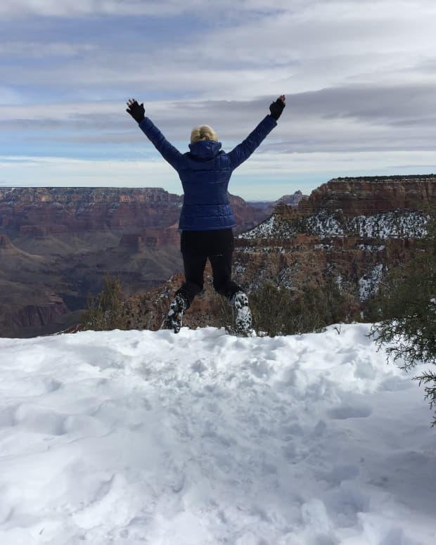 Bella Grand Canyon Jumping-IMG_1133.JPG