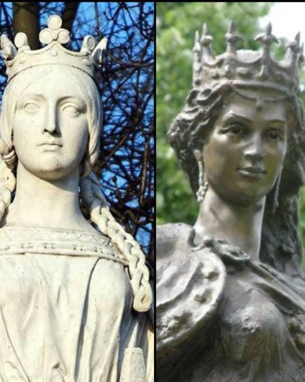 queens-strategize-love