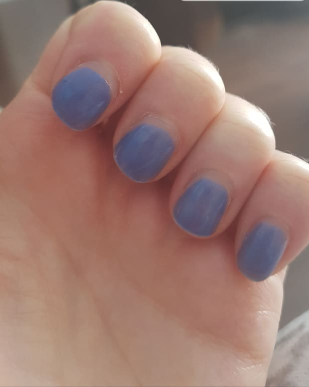 beginner-gel-nails-if-i-can-do-it-so-can-you-trust-me
