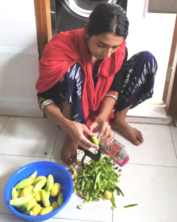 a-dedicated-housemaid