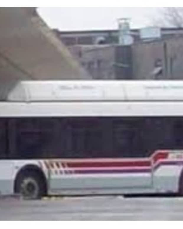 ethan-takes-the-bus-flash-fiction