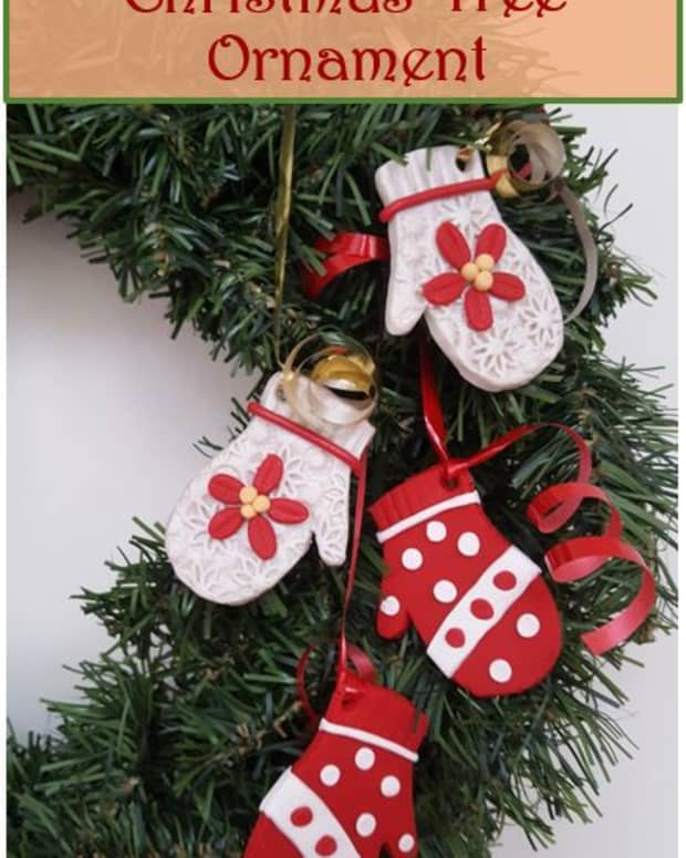 diy-holiday-craft-cozy-clay-mittens-christmas-tree-ornament