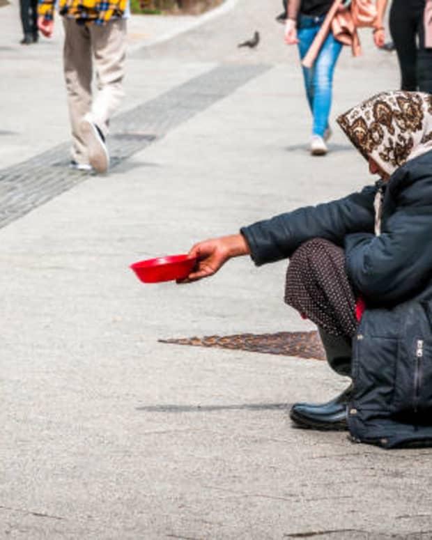 why-she-turned-a-beggar