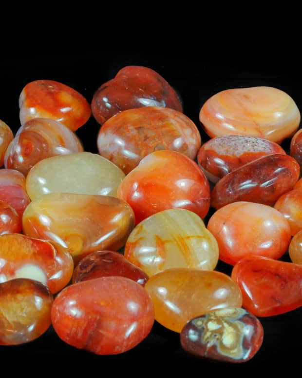 carnelian-formation-and-folklore