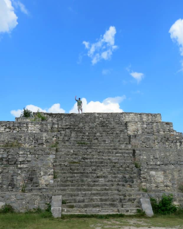 visiting-the-mayan-ruins-of-dzibilchaltun-in-mexico