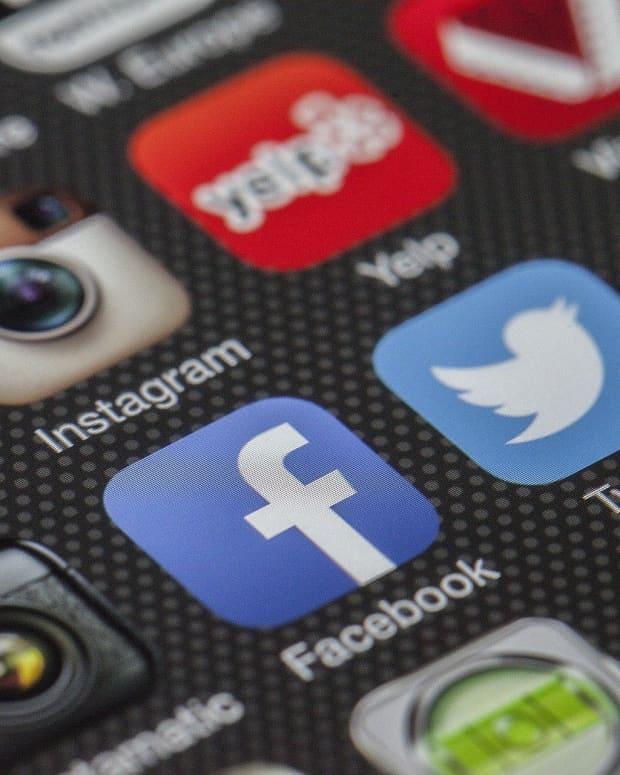 avoiding-tone-deaf-social-media-strategies