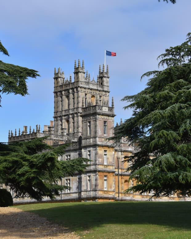 a-day-trip-to-highclere-castle-for-the-downton-abbey-fan