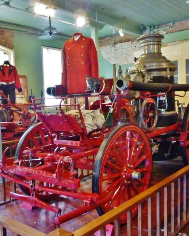 houston-fire-museum-showcases-history
