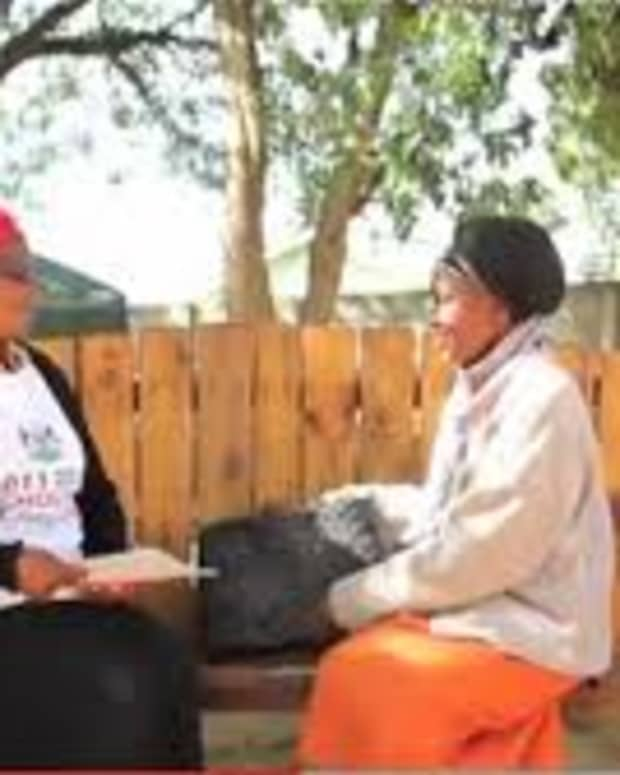 grandmas-friendship-bench