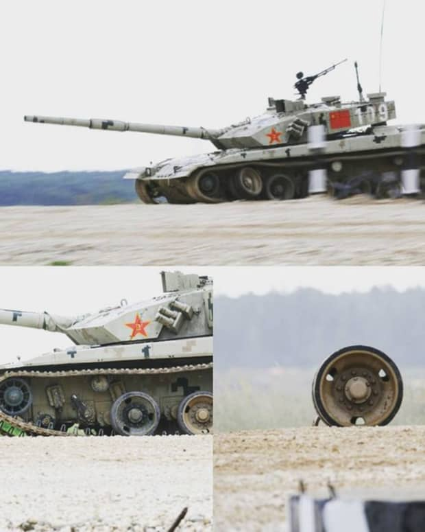 when-a-chinese-type-96b-tank-lost-a-wheel-during-an-event
