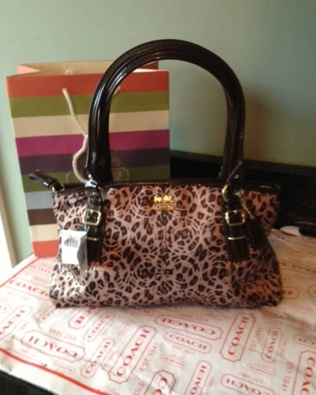 coach-bags-totes-purses-how-to-tell-if-a-coach-purse-is-real-or-fake