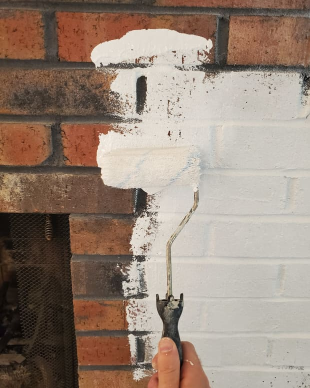 tips-for-painting-fireplace-brick-white