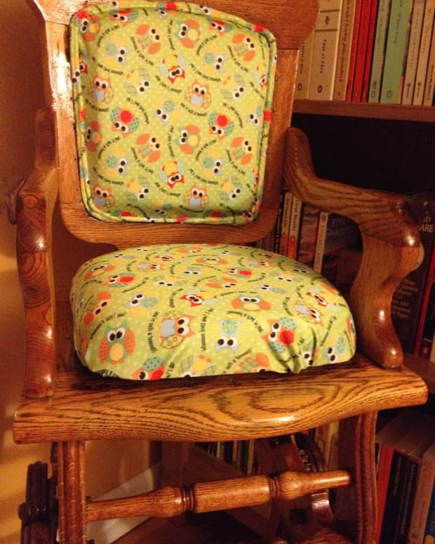 refinishing-grandpas-antique-high-chair