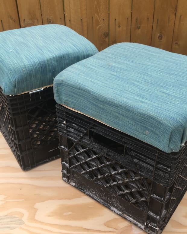 upcycling-a-milk-crate-to-make-a-storage-ottoman