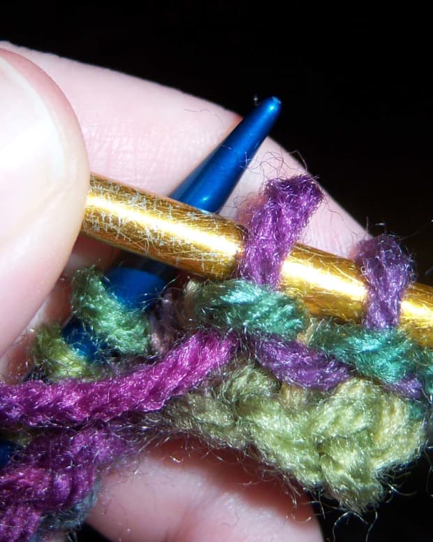 how-to-knit-a-purl-stitch