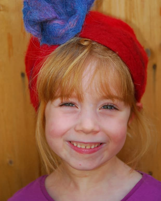 hat-on-a-ball-a-wet-felting-tutorial-for-children