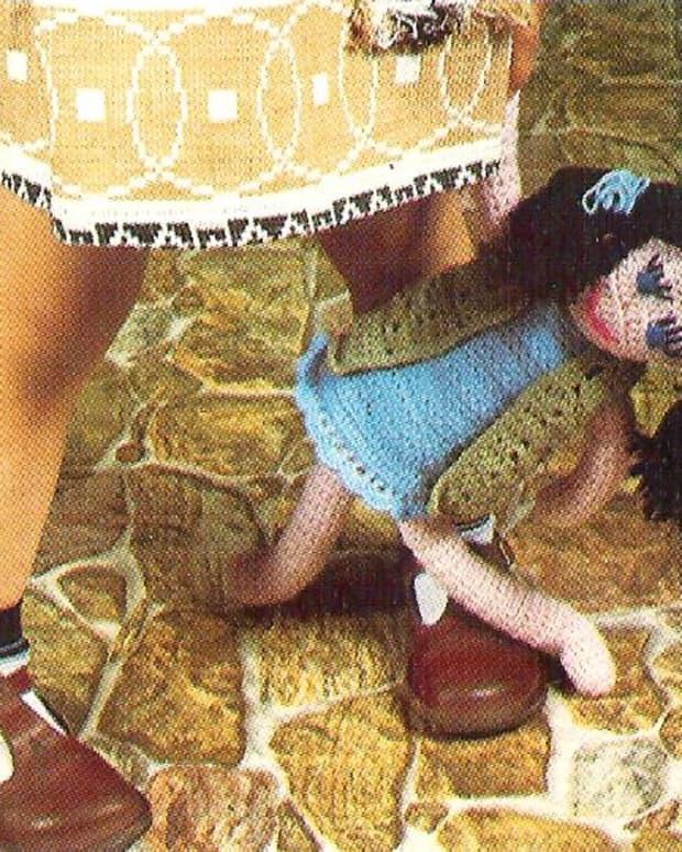 free-pattern-learn-to-crochet-a-doll
