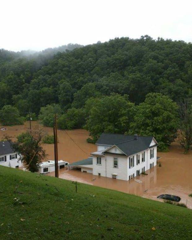 west-virginia-flooding-west-virginia-strong