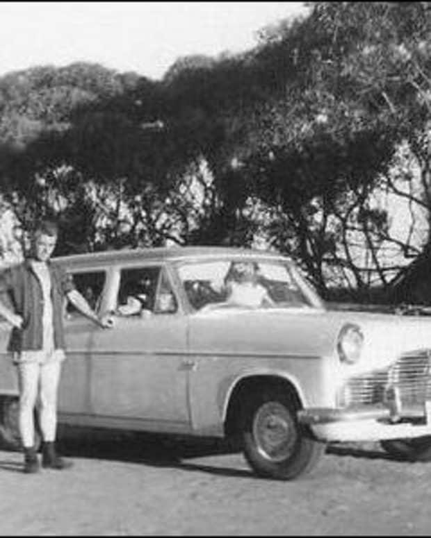 emigrating-australia-1967-10-assisted-passage-england-working-railways-pound-pom