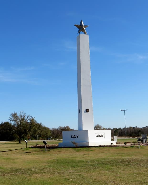freedom-park-in-katy-tx-baseball-complex-memorial-tower