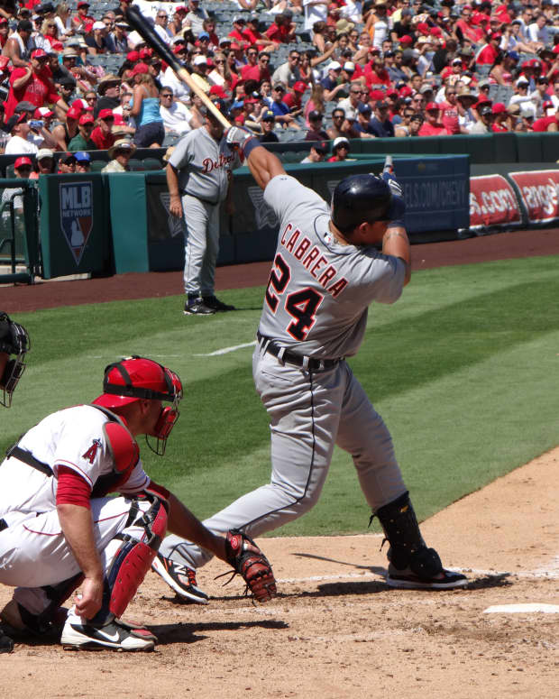 miguel-cabrera-athlete-of-the-month-october-2012