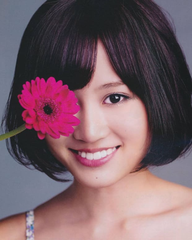 reasons-why-singer-atsuko-maeda-is-important-to-the-japanese-pop-music-industry