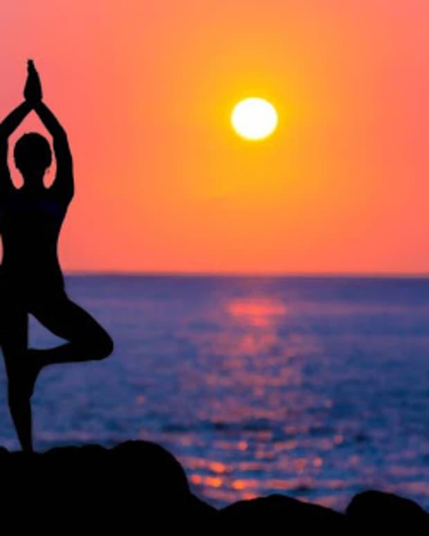 yogasana-or-yogic-exercises-its-physical-and-psychological-benefits