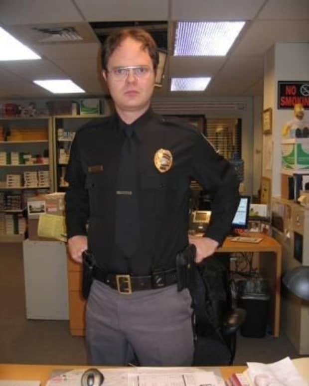 rainn-wilson-as-dwight-schrute-may-be-the-funniest-character-on-television