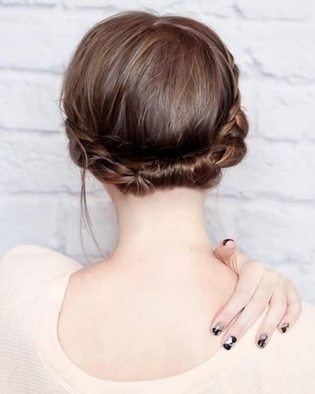 updos-for-short-hair