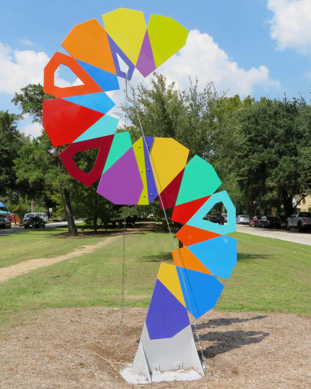 houston-heights-sculpture-show-obstacle-art-path