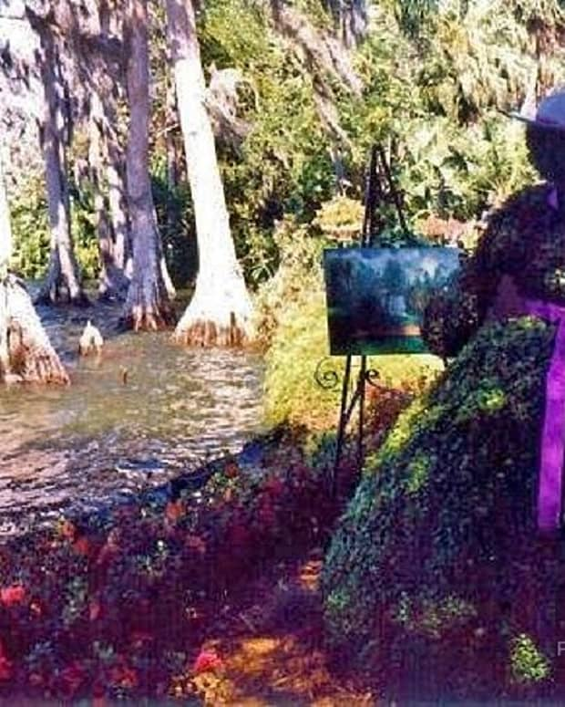 see-four-spectacular-florida-topiaries