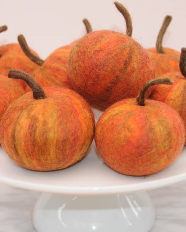 how-to-make-wet-felted-apples-in-a-tumble-dryerfree-tutorial