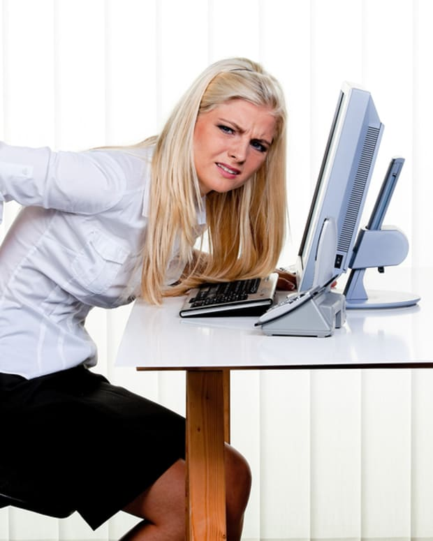 the-link-between-prolonged-sitting-and-lower-back-pain