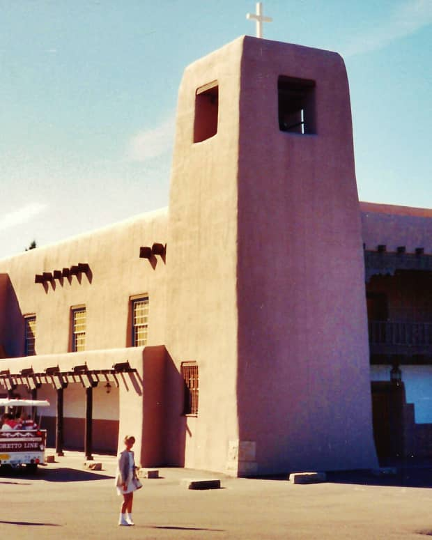 loretto-chapel-santa-fe-new-mexico-christo-rey-church-st-francis-cathedral-pictures-and-comparisons
