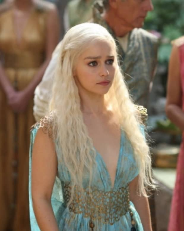 the-top-ten-best-costume-from-season-2-of-games-of-thrones