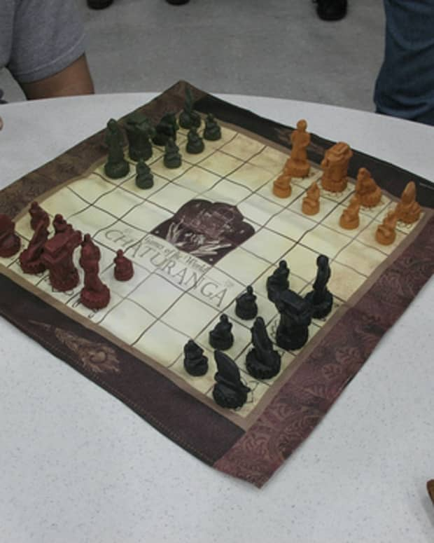 chaturanga-four-player-chess-with-dice
