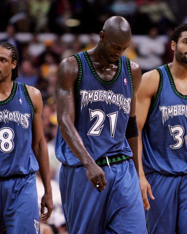 5-nba-players-who-ended-up-broke