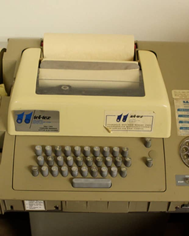 telex-machine-what-it-is-and-what-a-telex-operator-does